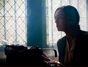 effective writer begins writing her piece
