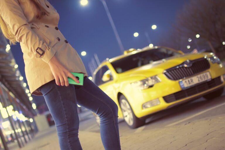 content marketing as cash cab game
